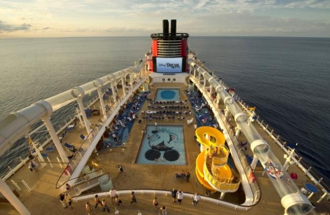 Disney Mar & Tierra: Dos Vacaciones en Una!! Verano 2018