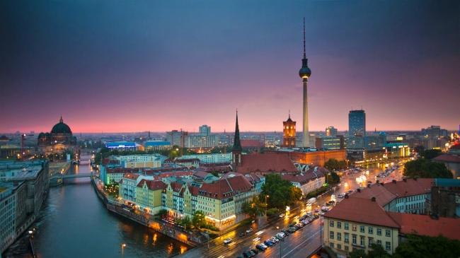 GRANDES CIUDADES IMPERIALES al COMPLETO con BERLIN - 14 Días / 11 Noches - Desayuno y 14 comidas - Salida: 15 de Agosto 2018